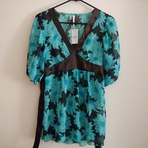 NWT Blue and Black Chiffon Tie Back Top